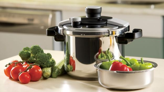 Pressure Cooking Versus Open Cooking: Which One is a Better Cooking Technique? - NDTV Food