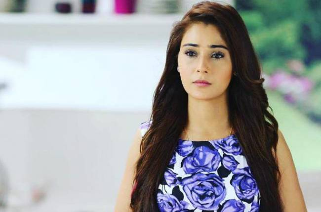 Is Bidaai actor Sara Khan approached for Naagin 4? Drops a hint with her latest Instagram post